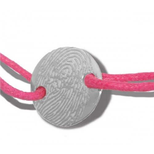 Les Empreintes : bracelet pastille argent à personnaliser