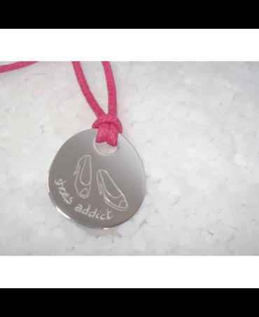 Les Empreintes : pendentif galet zen argent sur cordon